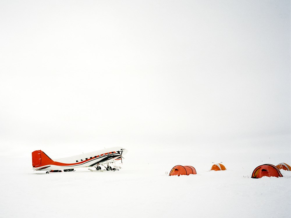 Airbnb×オーシャン・コンサーバンシー「南極研究の旅」調査イメージ